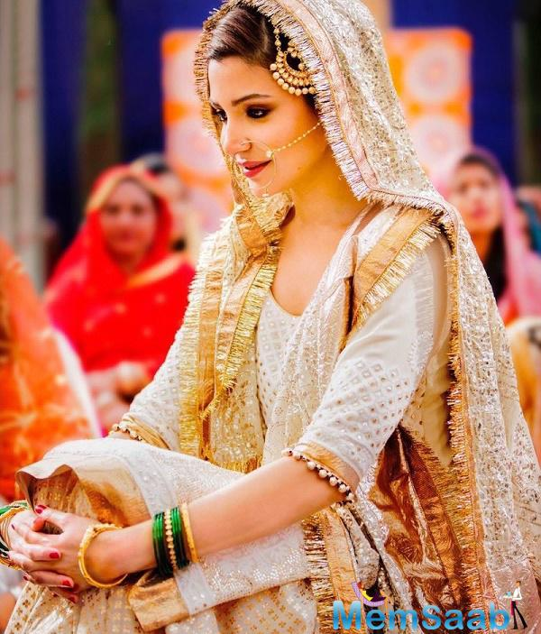 Anushka is seen wearing a traditional bridal ensemble for a wedding set in Haryana and this one of the key looks of the actress in the movie.
