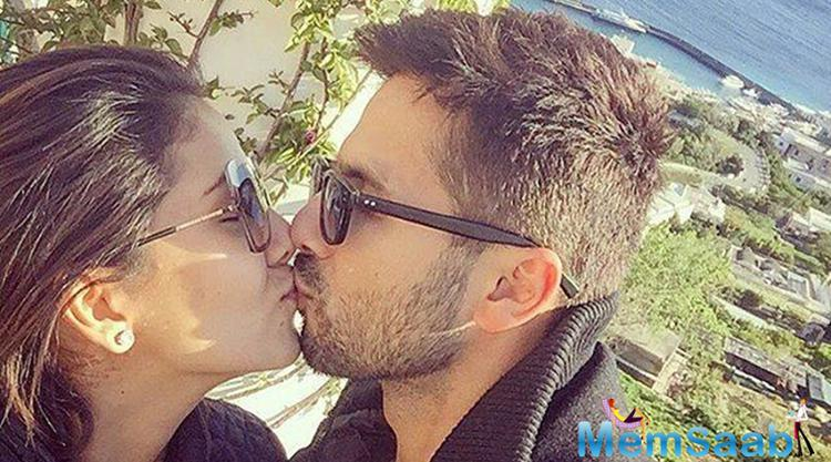 Shahid took to Instagram and posted a photo in which he and Mira are seen kissing each other. The adorable picture of the soon-to-be parents will warm the hearts of their fans.