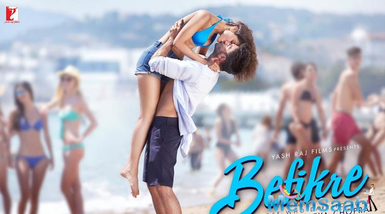 In Befikre's latest poster, we see Ranveer lifting Vaani as they kiss during a sunny day on the beach! France. Ranveer shared the poster with a caption that said: