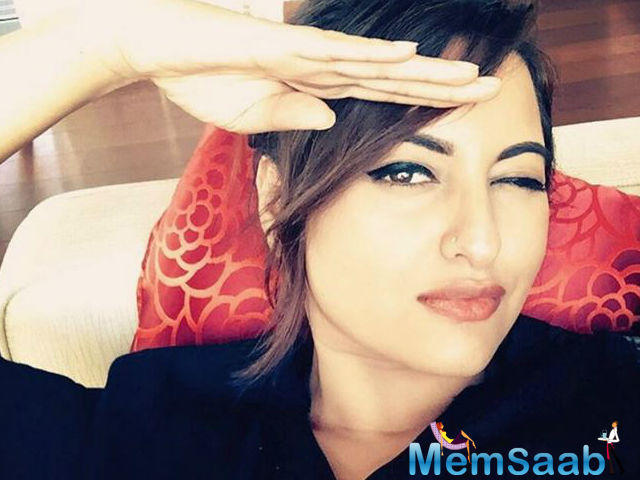 Interestingly, Dabangg girl Sonakshi Sinha is a proud owner of United Singh's kabaddi team of the World Kabaddi League.