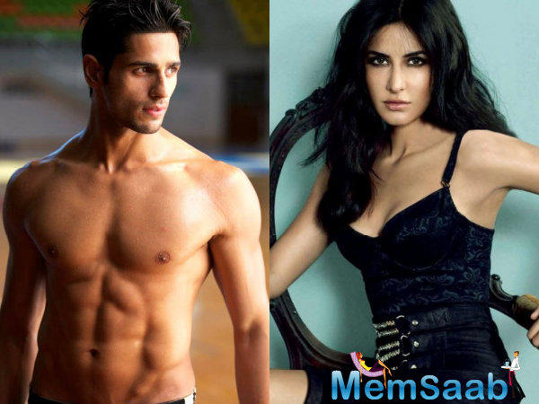 Both Sidharth and Katrina are seen sporting black glasses in the still from the song video. But what makes the look really work are the kala chashmas both of them are wearing.