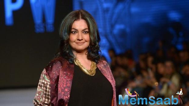 44 year Pooja Bhatt has begun casting for the third instalment of Bollywood's erotic thriller franchise