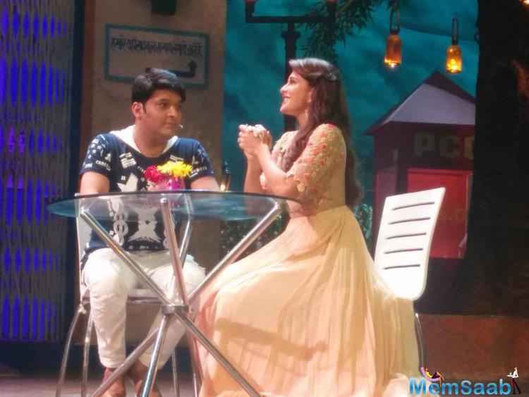 Kapil was at his flirtatious best, trying to woo Jacqueline and expressing his love on the show. In the special episode of Flying Jatt, Kapil and Jacqueline was seen enjoying a dinner a date.