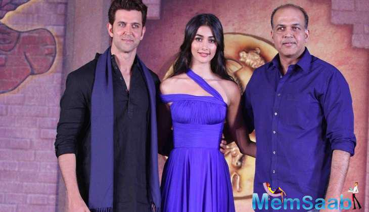 "Filmmaker Ashutosh Gowariker's epic adventure romance film   ""Mohenjo Daro"", starring Hrithik Roshan in the lead, has grossed Rs 102.82 crore worldwide in 10 days."
