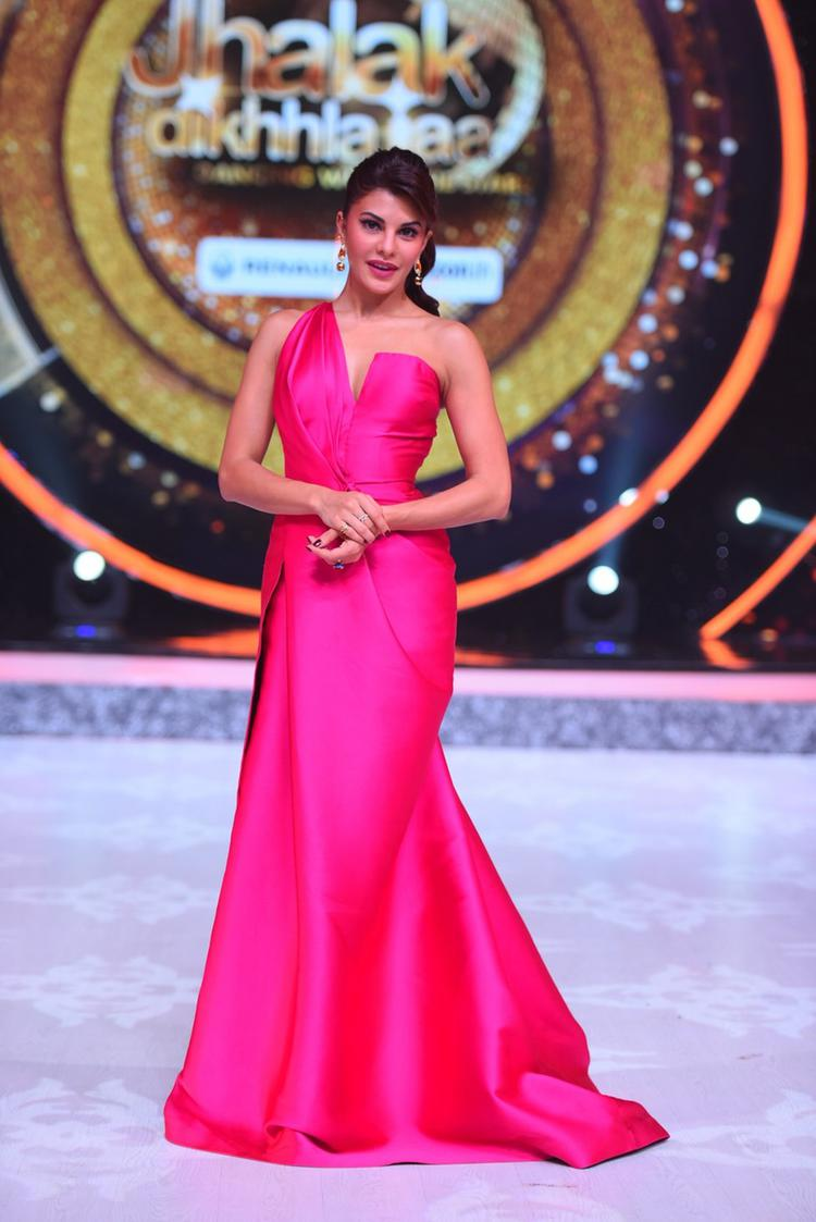 They are not happy with the way she is doling out marks to the contestants. She gives a thanda response and less marks to those who dance well and she awards good scores to those who have performed badly,""