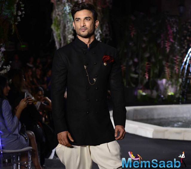 Sushant Singh Rajput admitted that he was very nervous for his debut ramp walk.Sushant looked dapper in black bandh gala and pants.