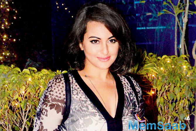 Rowdy Rathore star Sonakshi Sinha took to her official Snapchat account where she depicted the entire story in a video.