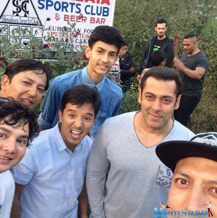 After giving a stellar performance in 'Sultan', all eyes are now on Salman Khan's next film comedy-drama film 'Tubelight'.  It is being directed by Kabir Khan.