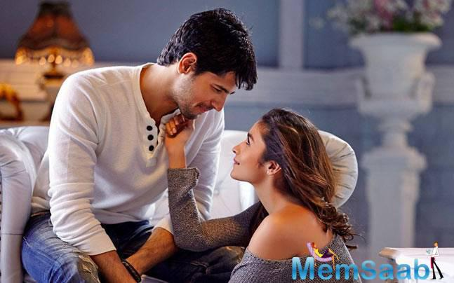 Alia Bhatt and Sidharth Malhotra are often in the news for their on and off relationship. In a sudden turn of events, both of them has parted ways as a couple.