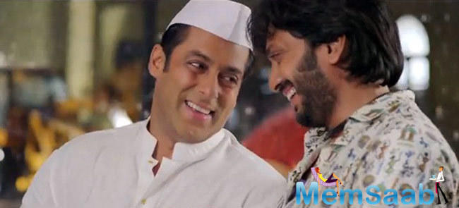 Riteish Deshmukh, who stars in Marathi film Chhatrapati Shivaji, says Superstar Salman agreed to be a part of the biopic without knowing which part he will play, something which was very 'gracious' of the superstar.