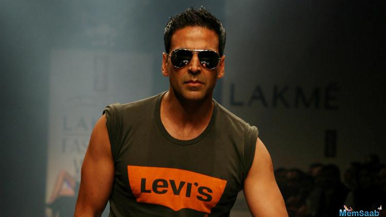 The film is scheduled to be shot next year but turns out the actor hasn't signed on the dotted line yet, despite meetings with the filmmaker. In the work front, Akshay is currently busy shooting for Jolly LLB 2.