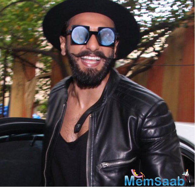 Ranveer Singh was in his elements as he launched his hairstylist's salon in Mumbai on Tuesday. The actor reached Bandra in a high-end sedan and donned all-black attire.