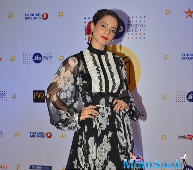 Kangana was a pretty bella wearing a Dolce & Gabbana gown at the opening ceremony of Jio MAMI 18th Mumbai Film Festival.Kiran Rao, Karan Johar, Zoya Akhtar And Many Others Attend Jio MAMI Festival too