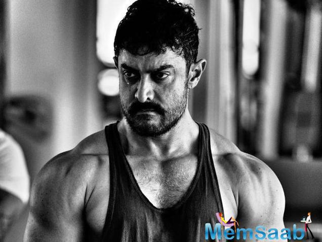 This transformation has apparently come about for his latest film, Secret Superstar, directed by his former manager Advait Chandan. He is always seen experimenting and this time it's just speechless.