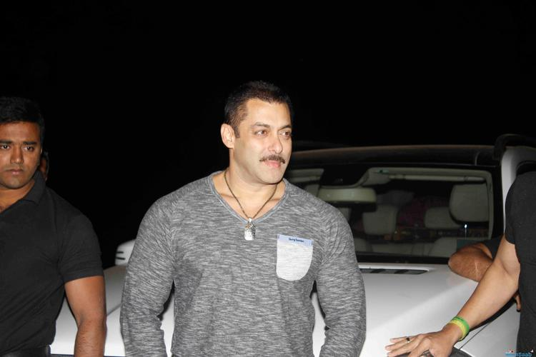 As per the reports, Salman Khan's Dabangg 3 has also got its release date. Arbaaz made the announcement that Dabangg 3 would be made from a 1-page script and would have no relation to any story.