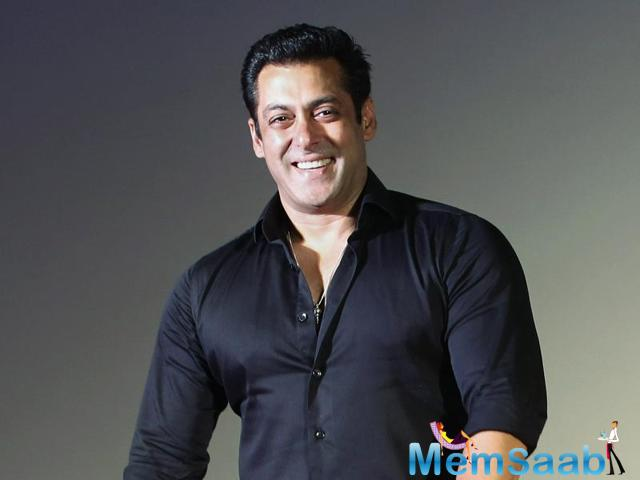 Salman Khan is the highest advance tax payer, paid Rs 16 crore this year by  beating Akshay Kumar and Hrithik Roshan, who gained the first position by paying Rs. 18 crore previous year
