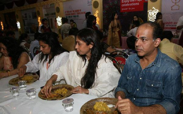 Aushutosh Gowariker with wife and Sharbani Mukherjee also attended the event