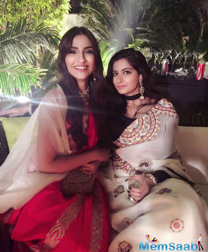 See the adorable pic of Sonam-Rhea, where they spent a quality time