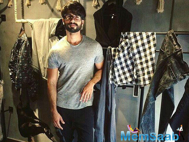 On the work front, Shahid is gearing up for Sanjay Leela Bhansali's upcoming flick Padmavati, which also stars Ranveer Singh and Deepika. He will next be seen in Rangoon along with Saif and Kangana.