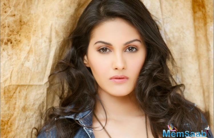 Amyra Dastur, who last seen in 'Mr X', reportedly to do a cameo in Saif Ali Khan's next