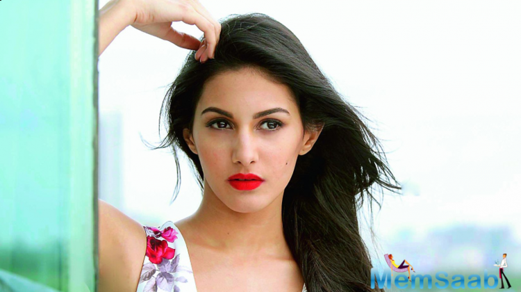 Report also suggests that she is also having the chance to do a scene with Saif in the movie