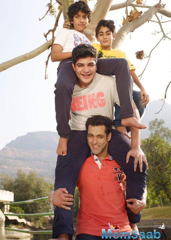 See this  picture, Salman with his nephews as they climb a tree.