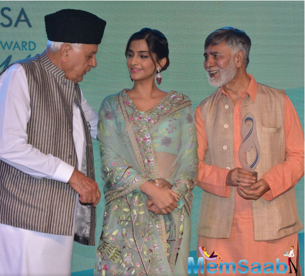 Neerja's family decided that Sonam should collect the award on her behalf. During the press interaction, the 31-year-old star said that she is happy to be a part of the Bhanot family.