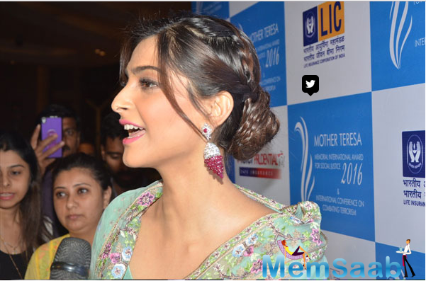 Sonam Kapoor had played Neerja Bhanot in the biopic on her, 'Neerja'. At the event, the actress was applauded for living the character of the fearless Miss Bhanot in her film Neerja.