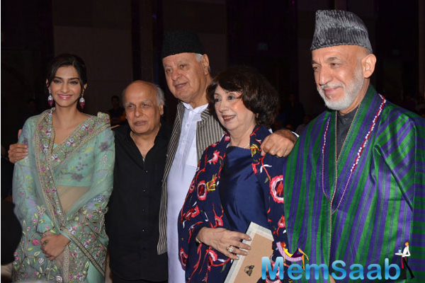 Sonam Kapoor with Mahesh Bhatt and Farooq Abdullah and former Afghanistan president Hamid Karzai