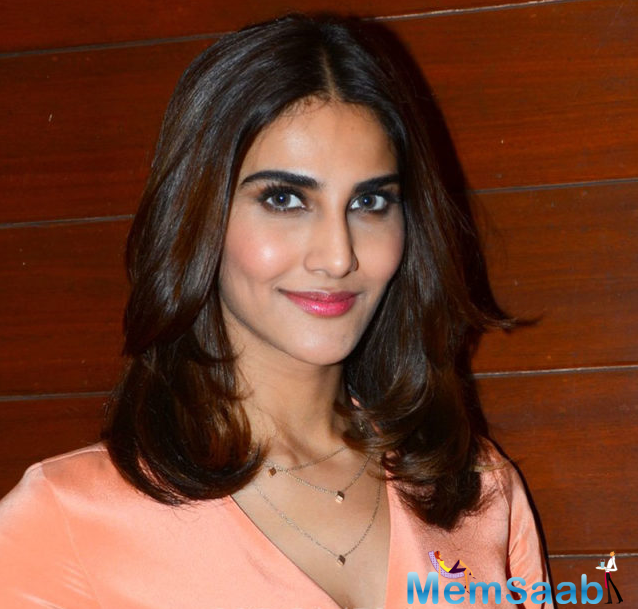 The gorgeous actress, who is on a promotional spree for her upcoming romantic Hindi movie 'Befikre', has left everyone awestruck by her eye-popping looks.