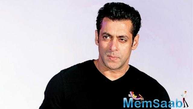 Various celebrities support Prime Minister Narendra Modi's cleanliness initiative Swachh Bharat Abhiyan.The mission has now picked up the support of Salman Khan.