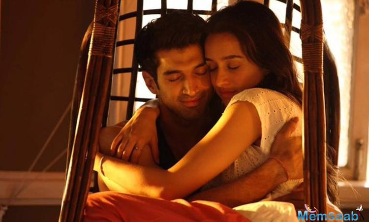 Their link up rumors has found a new voice again as Aditya-Shraddha reportedly had some nice moments during the wrap party of the upcoming Bollywood romantic film OK Jaanu.