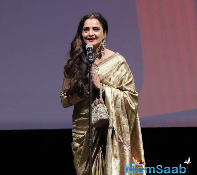 As per the recent reports, Rekha will soon make a silver screen appearance in a Tamil film.