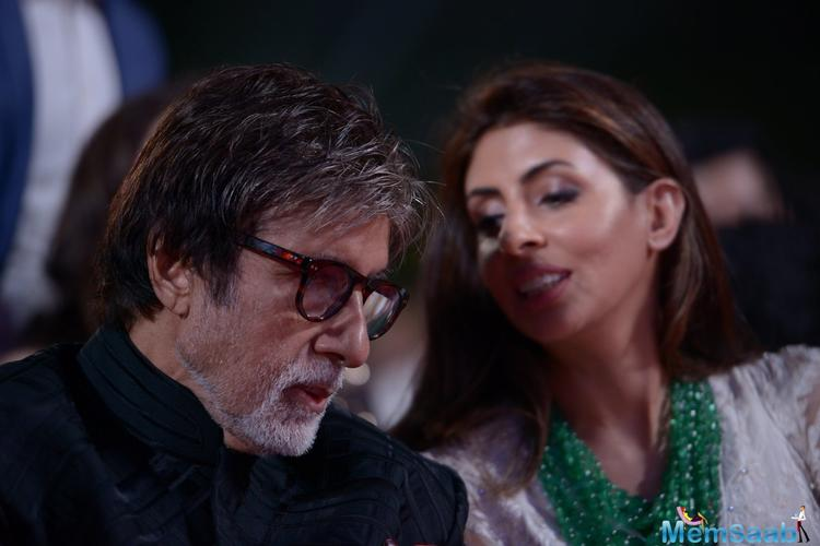 To express his feelings Amitabh Bachchan took to Twitter to praise daughter Shweta Nanda for surprising him and the family with a lovely dinner spread to celebrate the New Year together.