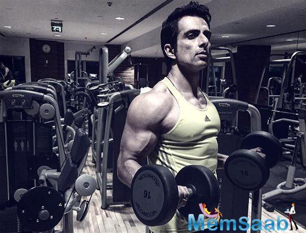Sonu Sood, who is well known for his tall frame and envious physique, impressed Jackie Chan with his dedication towards fitness during the shoot of their forthcoming film, Kung Fu Yoga.