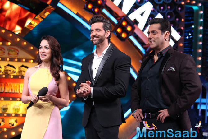The grand finale episode of 'Bigg Boss 10' attended by 'Kaabil' co-stars Hrithik Roshan and Yami Gautam, and they  danced with the finalists in the 'Bigg Boss' house.