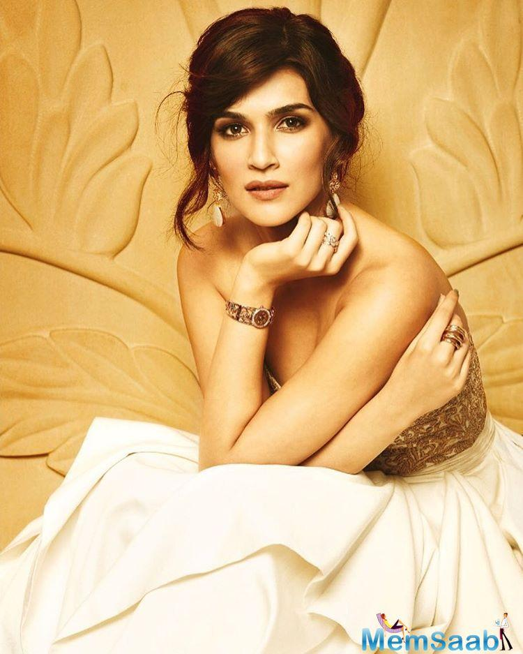 On the professional front, Kriti will be next seen in Raabta opposite Sushant Singh Rajput.
