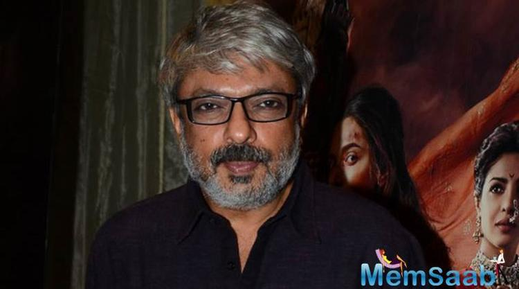 We all know that, A couple of weeks back, SLB was attacked by Karni Sena, when he was shooting with the secondary cast of 'Padmavati' at Jaigarh Fort in Jaipur.
