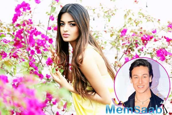 Nidhhi is all set to make her Bollywood debut opposite Tiger Shroff in Sabbir Khan's 'Munna Michael'.