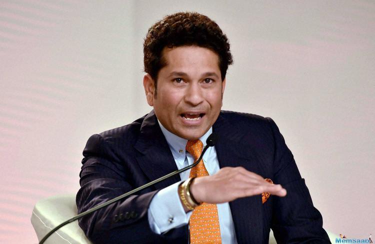 Cricket legend Sachin Tendulkar thinks India can make a comeback in the second Test against Australia.