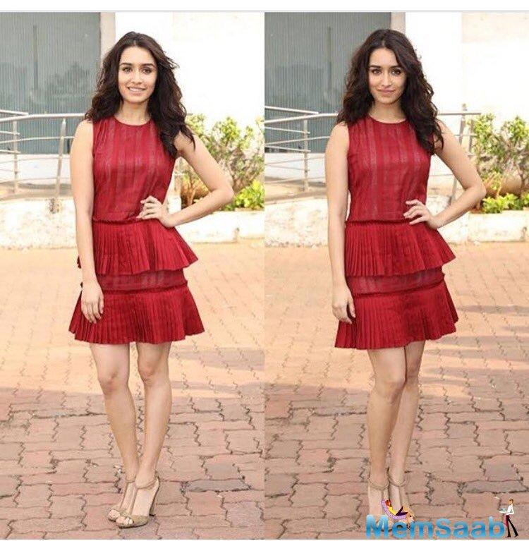Shraddha Kapoor, who has never shared the screen space with Aamir, she has only good things to say about him.