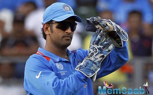 One of the best finishers of the world, Dhoni still has a sharp brain, despite the dip in success ratio, Banerjee felt.