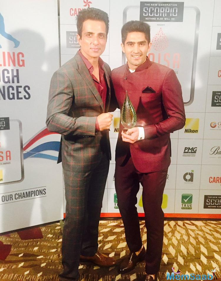 Vijender, recently attended the Times Of India Sports Awards(TOISA), and there he was asked who he'd like to see in his biopic, if one were to be made.