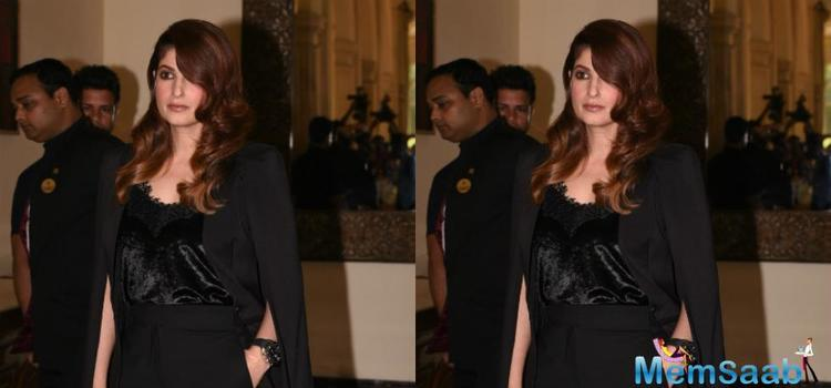 Twinkle Khanna gets a chic hair makeover for the brand, She has been inspiring us via her books and columns, is now giving us major hair goals with trendy hair transformation.
