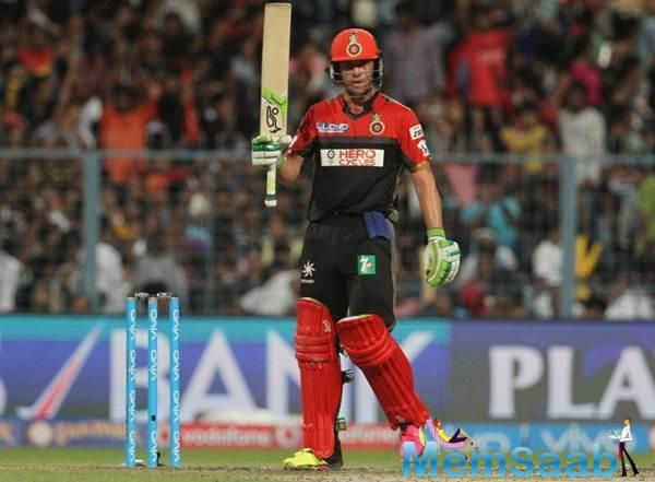 Villiers, who has always spoken highly of skipper Kohli, backed Kohli's decision of not returning to the field unless one is a 100% fit.