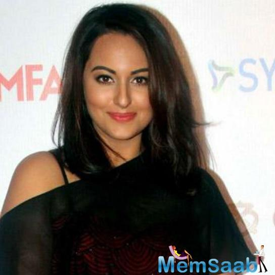 Sonakshi Sinha, who is currently gearing up for the release of Noor, says  she doesn't like voice overs