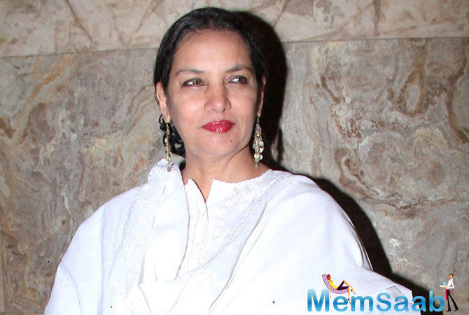"""Dolon is quicksilver in her changing moods, whimsical, childlike demanding and yet warm and loving. Hindi cinema mein kahaan milte hain aise shades?"""" quips Shabana."""