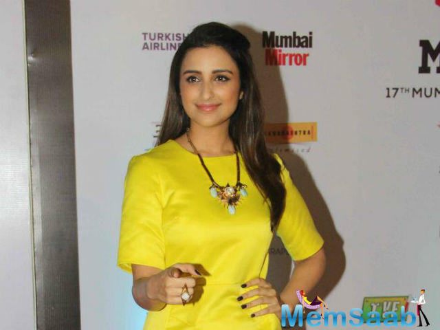 Parineeti is making her singing debut in Bollywood with 'Maana Ke Hum Yaar Nahi' from her upcoming film 'Meri Pyaari Bindu'.