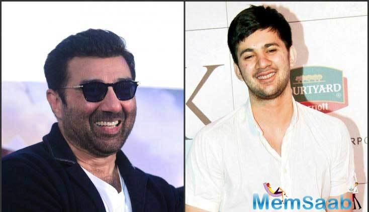 Meanwhile, Bollywood biggies also congratulated Sunny for his directorial venture with his son Karan.