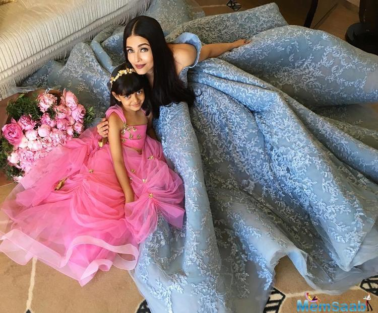This picture of Aishwarya Rai Bachchan and Aaradhya at Cannes is making our hearts glad